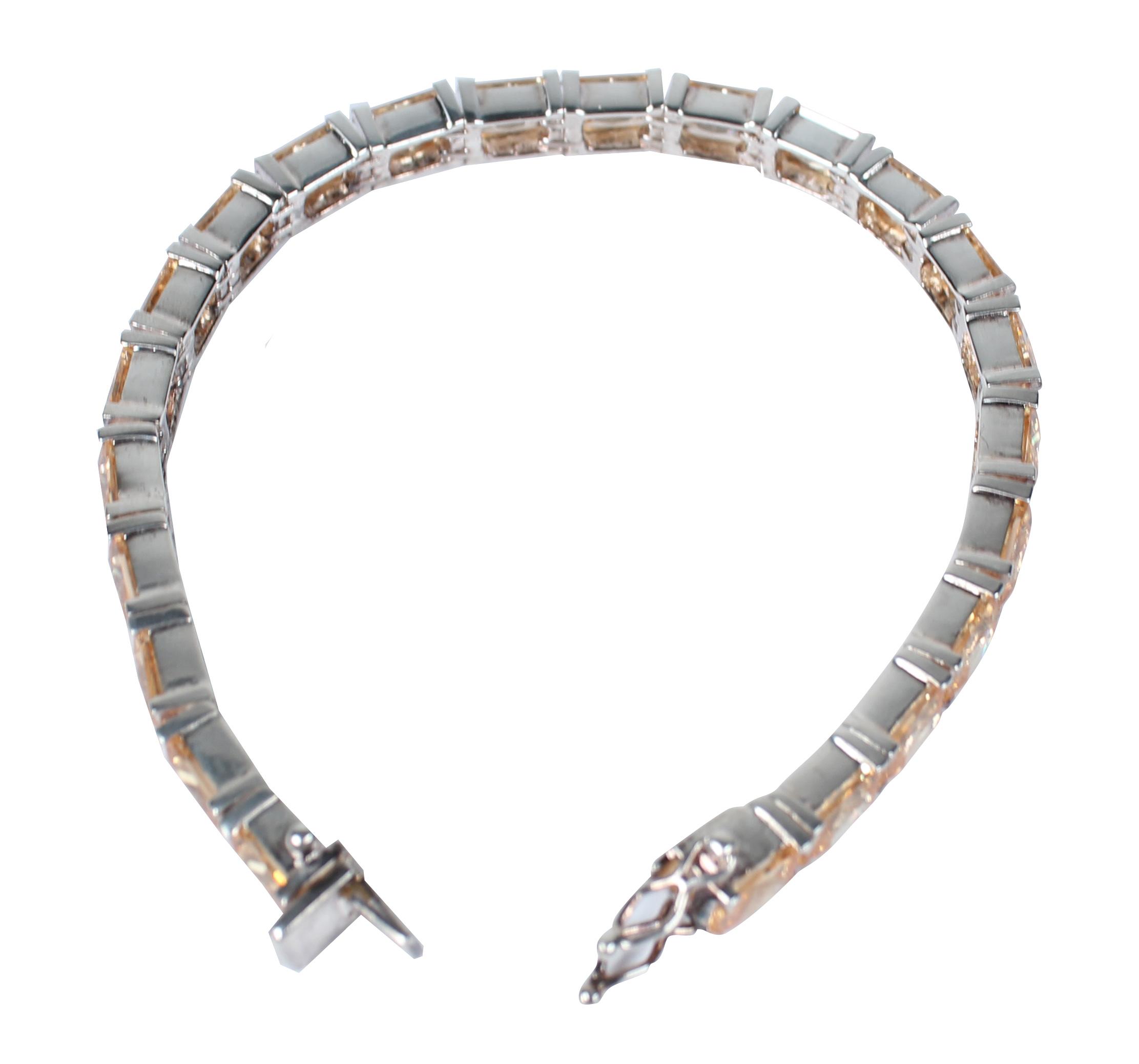 Halskette nach Ultraschallreinigung